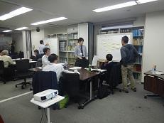 04_グループ討議の様子.jpg